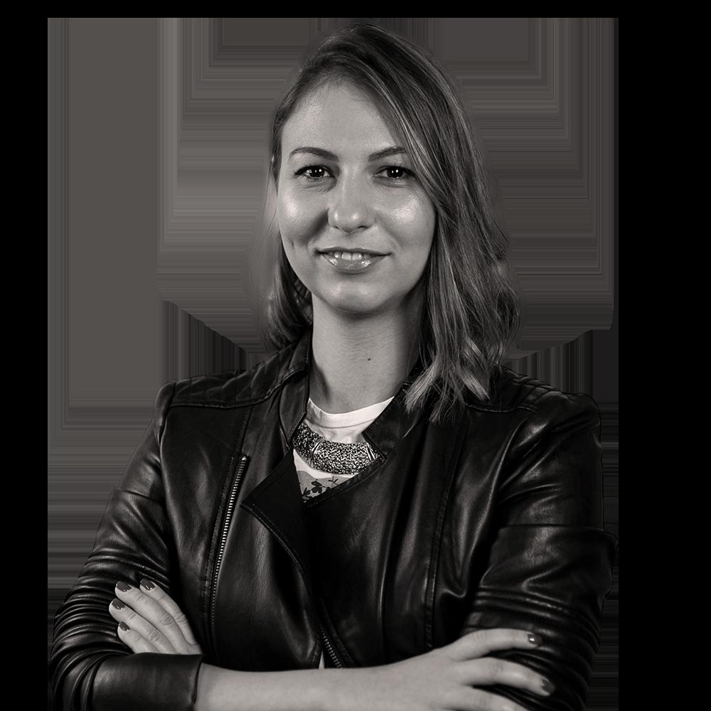 Irina Nica's headshot