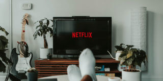How Netflix Creates Immersive Experiences with Exceptional Design and UX